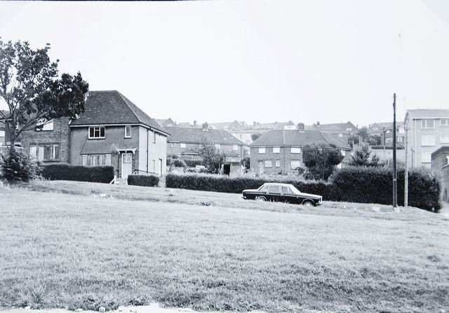 Houses in Findon Road, empty and boarded up, awaiting demolition in 1980 | Image reproduced with kind permission of The Regency Society and The James Gray Collection