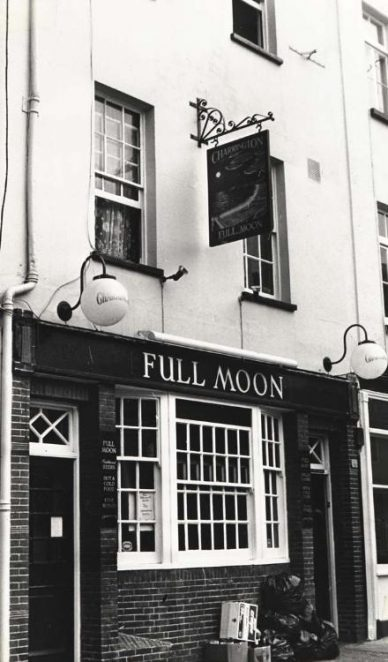 Full Moon | Image reproduced with permission from Brighton History Centre