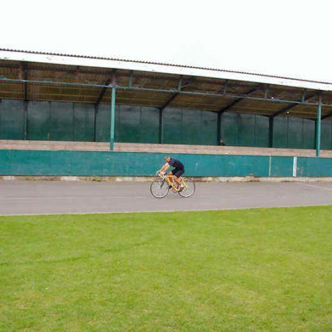 Track grandstand
