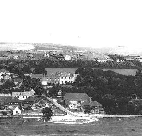 View from Cattle Hill in 1965 - notice the expansion of housing | From the private collection of Jennifer Drury