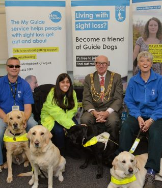 Councillor Brian Fitch with members of Brighton and Hove Guide Dogs and their dogs | ©Tony Mould: all images copyright protected