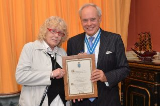Pat Fisher of 'Gizmo' and David Allam, High Sheriff of East Sussex | Photo by Tony Mould