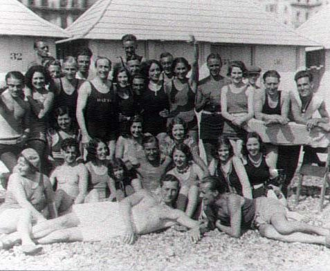 Group of people at Hatton's beach, Brighton 1930 | Scanned from the private collection of Lesley Mouncer