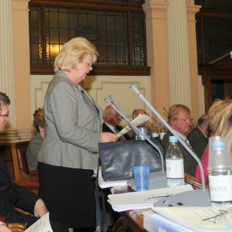 Councillor Mary Mears, Leader of the City Council proposes freedom of the city for Henry Allingham | Photo by Tony Mould