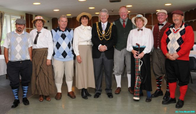 Members of Hollingbury Park Golf Club with the Mayor, Councillor Garry Peltzer Dunn | Photo by Tony Mould
