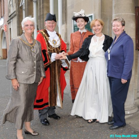 The Mayor and Mayoress are greeted by library staff and Sally McMahon (first right) Head of Libraries and Information Services | Photo by Tony Mould
