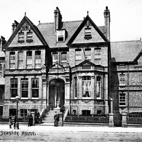 11 Portland Road before trees were planted outside c. late 1890s | From the private collection of Tony Drury