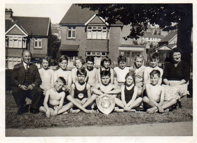 Swimming team 1956 | From the personal collection of Robert Niblett
