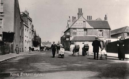 A photograph of Hove Street in 1905 | Image reproduced with permission from Brighton History Centre