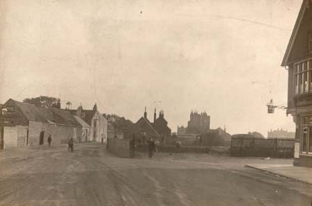 A photograph of Hove Street (from Church Road, looking south in September 1914) | Image reproduced with permission from Brighton History Centre