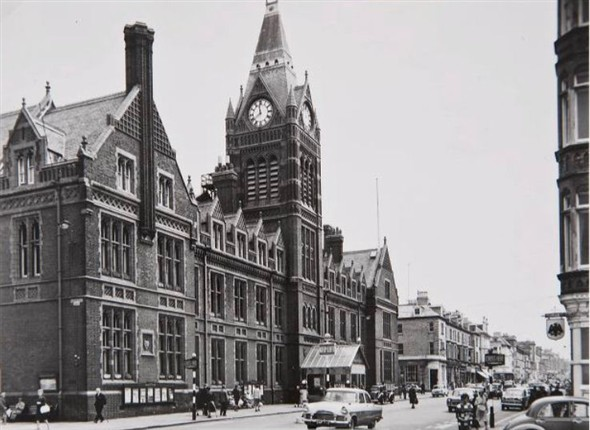 Hove Town Hall photographed just before the fire in 1966. | Image reproduced with kind permission of The Regency Society and The James Gray Collection