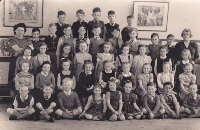 Class from Hertford Road Junior School. | From the private collection of Tony Collier