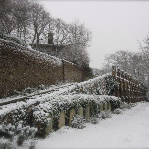 St Nicholas' Rest Garden | p