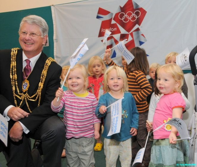 The Mayor and friends | Photo by Tony Mould