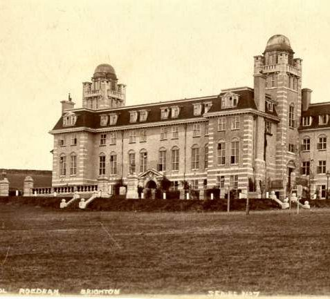 Junior school, Roedean College c.1910 | Fro the private collection of Tony Drury