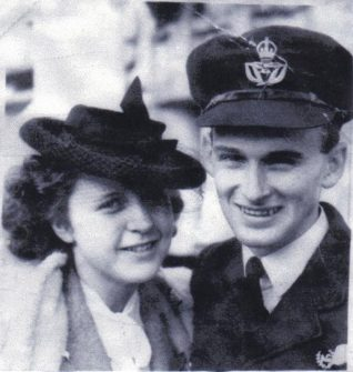 Joy and John Knight taken on Joy's arrival to Freemantle, Australia, 23rd June 1946. | From the private collection of Tony Simmonds