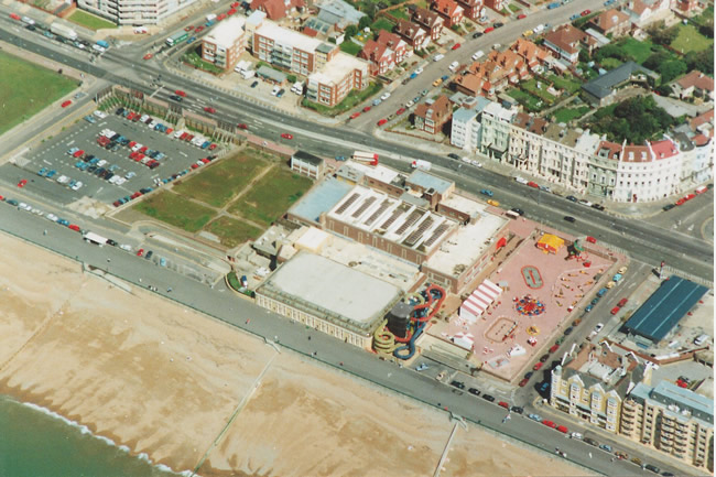 Aerial view of the King Alfred Centre, 1991 | Photo from  the privatecollection of Ian McKenzie,