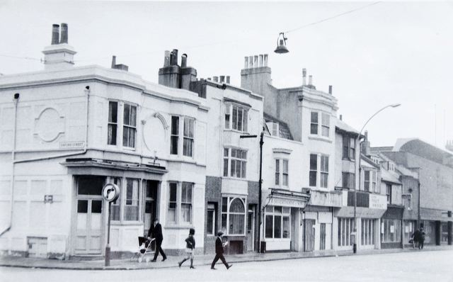 London Road c1970s: from Oxford Street to Oxford Place | Image reproduced with kind permission of The Regency Society and The James Gray Collection