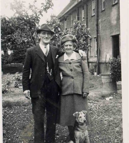 Jack and Liz Spicer in the back garden (!) of 34 Newick Road about 1944 | From the private collection of Ron Spicer