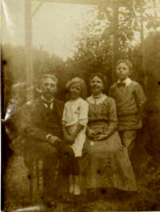 Emilie Markwick, an early member of the group, and family 1915 | East Sussex Records Office ACC7842/2