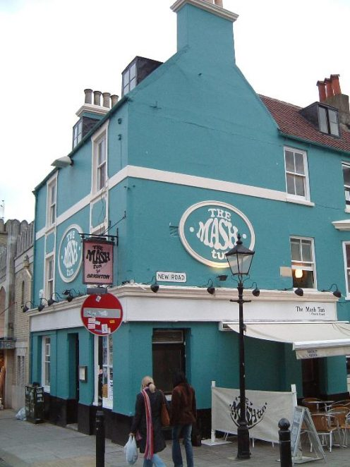 The Mash Tun pub 2004 - yet another example of so-called progress but surely they could have chosen a more sympathetic colour, eh?   Photo by Mike Snewin