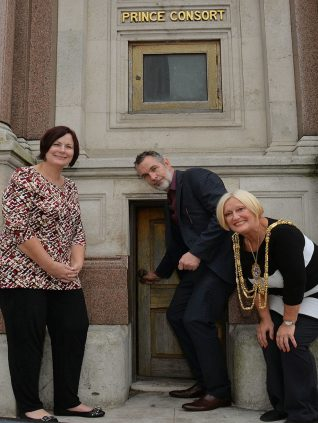 Brett Dubois and his sister, with the Mayor of Brighton and Hove, Councillor Denise Cobb in 2013 | Photo by Tony Mould