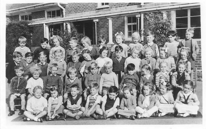 Whitehawk Primary School: class photo c1951 | From the private collection of Sue Beckett