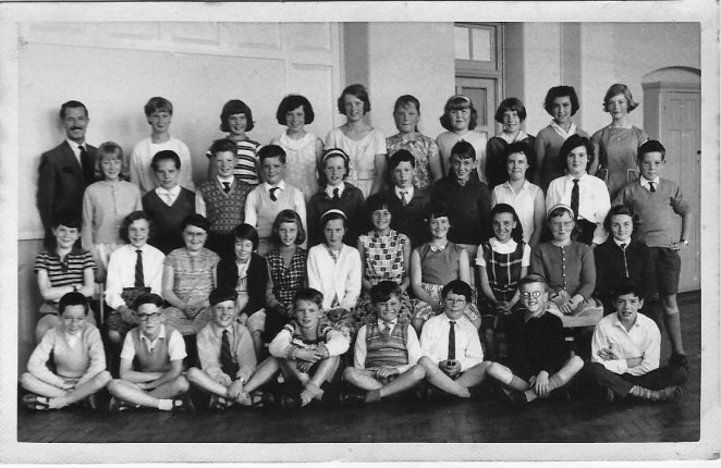Class photograph c1962/1963: click on image to open a large version in a new window. | From the private collection of Terence Hilton