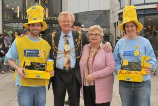 Volunteer collectors with the Mayor and Mayoress | Photo by Tony Mould