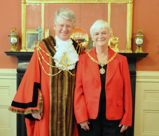 Councillor Garry and Mrs Chip Peltzer Dunn | Photo by Tony Mould