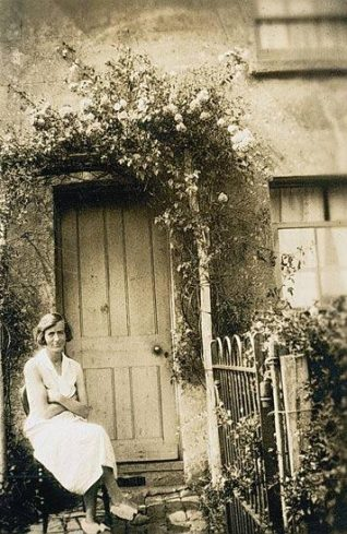 Edith Mary Venables sitting outside 39 North Road, 1928 | Supplied by Jacqueline Pollard, Brighton Books