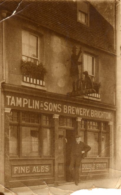Old Brighton pub | From the private collection of Derek Ost