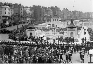 The Aquarium was opened by the Duke of York on 12th June, 1929 | Image reproduced with kind permission from Brighton and Hove in Pictures by Brighton and Hove City Council