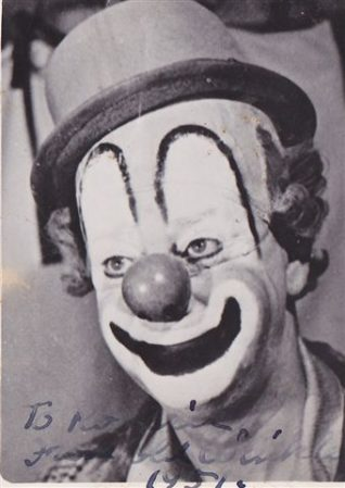 'Old Winkle' the clown | From the private collection of Rod Tempest