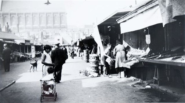 The Open Market in the mid 1930s | Image reproduced with kind permission of The Regency Society and The James Gray Collection
