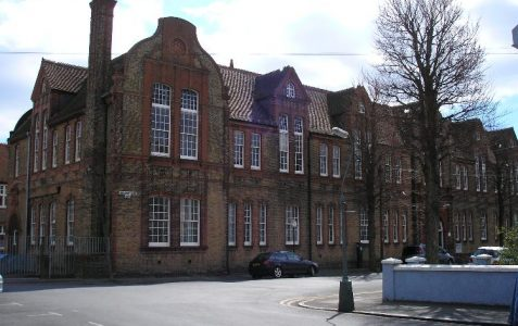 Connaught Road/Manor Park School
