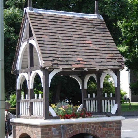 Patcham Village fountain | Photo by Tony Mould