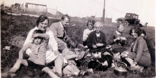 Family picnic in Ovingdean 1929 | From the private collection of John Bisset