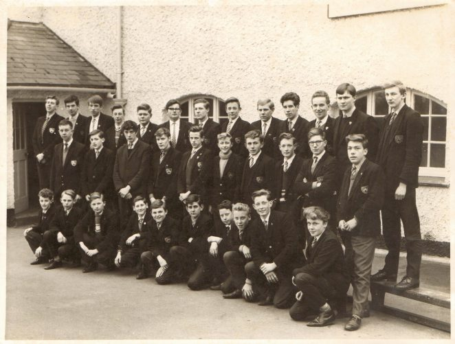 Portslade County School class photo c1963/64 | From the private collection of Ken Barrington