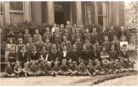 Staff and pupils 1947/48