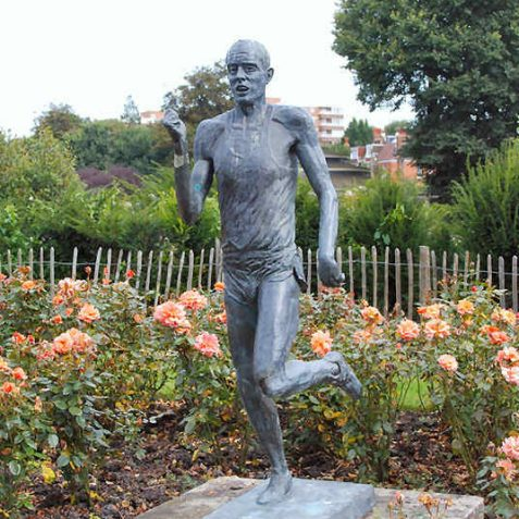 Statue of the athlete Steve Ovett from Brighton | Photo by Tony Mould