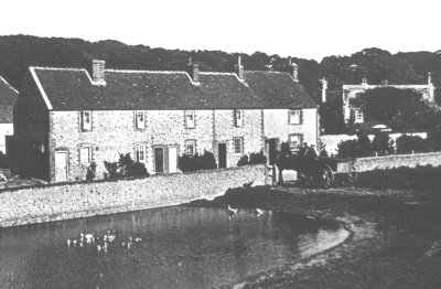 History of Peartrees Cottages, at Greenways Corner