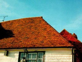 Plain clay roof tiles | Photo by Ron Martin