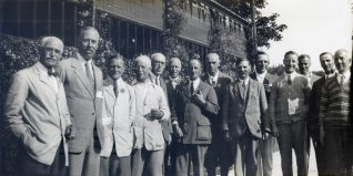 1928 The Committee in front of the Clubhouse