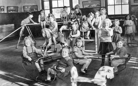 Play class c1950