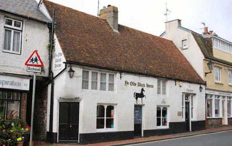 High Street: Black Horse Inn
