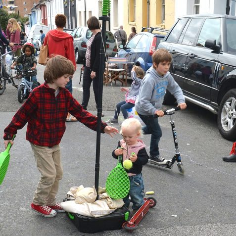 Sharing the streets in Hanover   Photo by Tony Mould