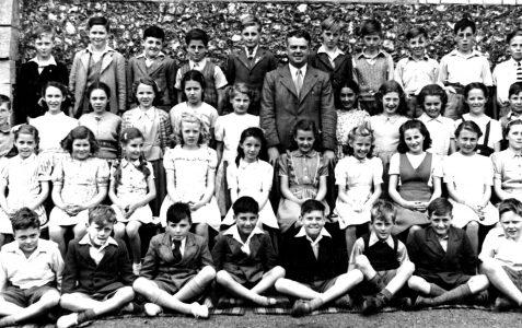 Class photograph 1947
