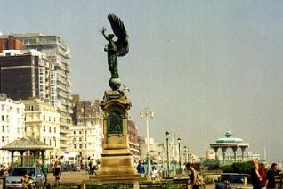 The Peace Statue, on the boundary between Brighton and Hove | Photo by Sam Glen