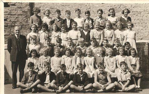Class photograph circa 1951